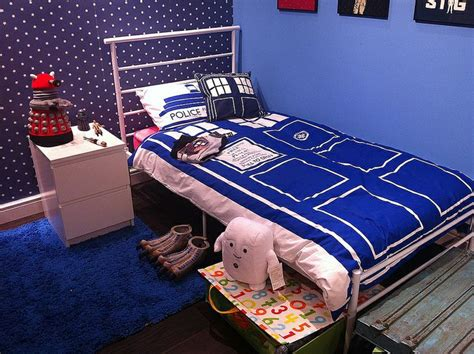 17 Best Ideas About Doctor Who Bedroom On Pinterest | dr who bedroom ideas khosrowhassanzadeh com