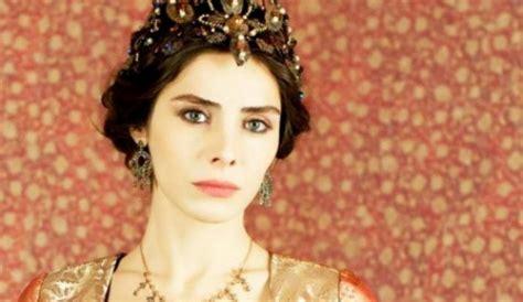 Jelita Putri putri putri cantik jelita di abad kejayaan merahputih