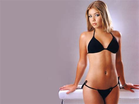 nikki sanderson tattoo on neck nikki sanderson hot photos 21 tattoo and wallpaper blog