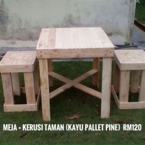 Meja Makan Kayu Palet meja kerusi palet kayu pine rumah perabot others di carousell