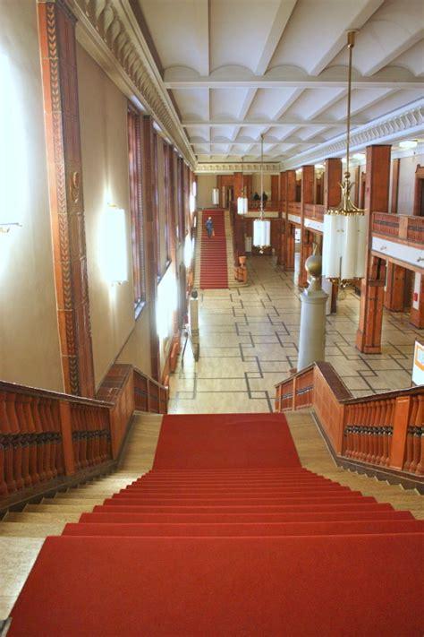 Foyer Treppen by Goldener Saal Berlin De