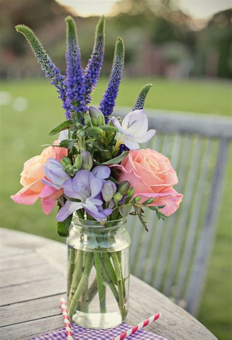 Beautiful Wedding Flower Arrangements by 25 Best Ideas About Flowers On