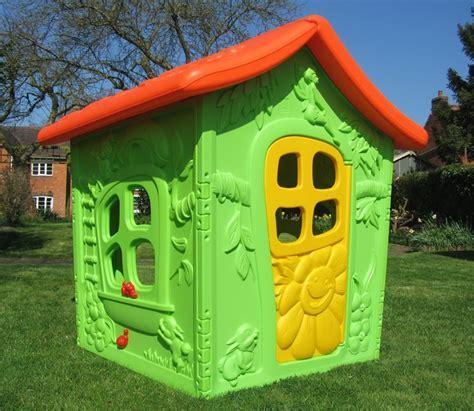 giardino per bambini casette per bambini casette costruire una casetta per