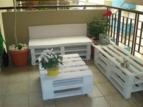 almofada futon 70x70 affordable diy pallet furniture 3 diy projects pallet