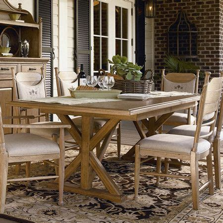 Dining Table Materials Wood Dining Table With An Extendable Leaf Product Dining Tableconstruction Material Hardwood
