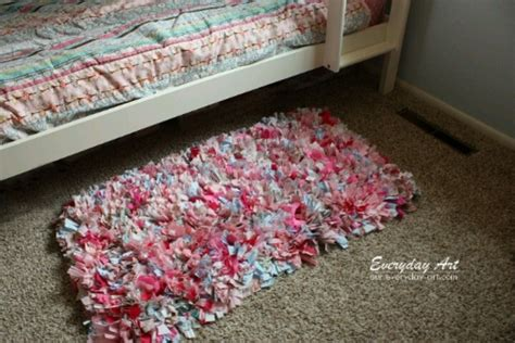 Make Rag Rug by How To Make A Rag Rug Easy Crafts Diy