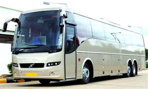 volvo introduces emergency brake system  avoid collision aanavandi travel blog