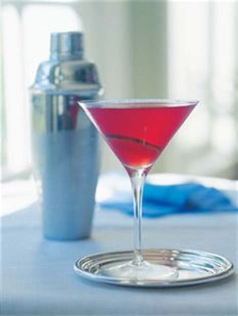 ina garten pomegranate cosmo best ocean spray cranberry juice cocktail recipe on pinterest