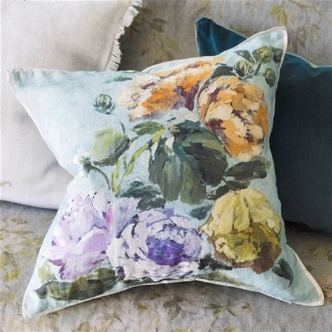 Sketch Sofa Designers Guild Rgs by 22 Best Images About Cushions And More Cushions On