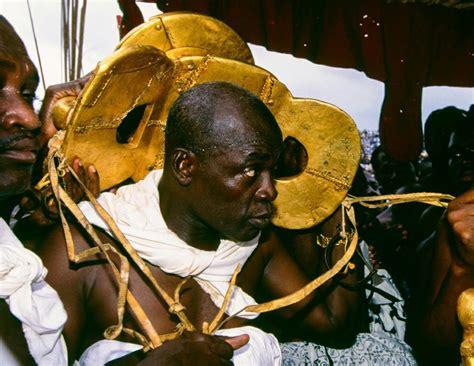 The Golden Stool Of The Ashanti by Africa Ashanti Golden Stool 1995 169 Carol