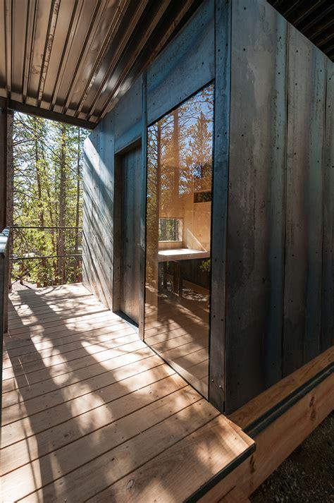 Cabin In Denver Colorado by 14 Prefab Micro Cabins In Colorado Woods Showcase Student