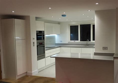 gloss white kitchens hallmark kitchen designs gloss white handless