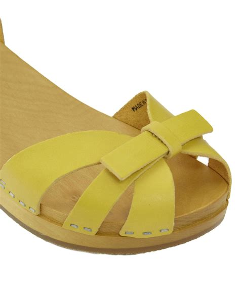 yellow flat shoes for swedish hasbeens papillon yellow flat sandals in yellow lyst