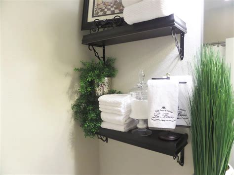 How To Decorate A Small Bedroom On A Budget guest bathroom decorating on a budget be my guest with
