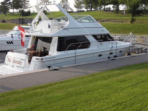carver pilothouse boats sale carver voyager 450 pilothouse 1999 used boat for sale in