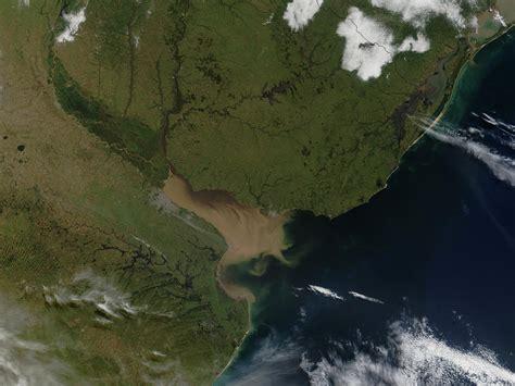 imagenes satelitales rio dela plata nasa visible earth rio de la plata argentina