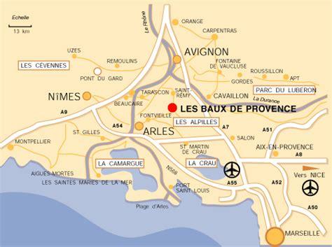 Village Beaux de Provence   Arts et Voyages
