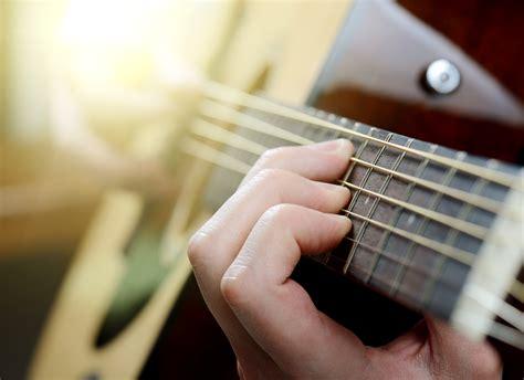 light guitar strings for beginners beginners guide to guitar strings