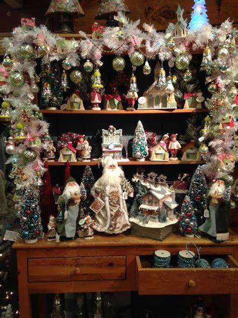 Caroler Decorations by 75 Best Byers Choice Carolers Store Displays Images On