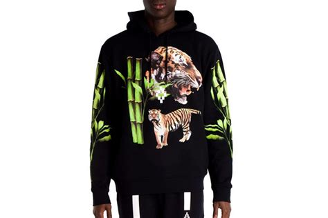 Limited Hoodie Marcelo Burlon Washtag tyga and marcelo burlon team up for exclusive saks fifth