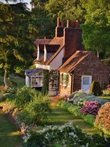 25 best ideas about country cottages on