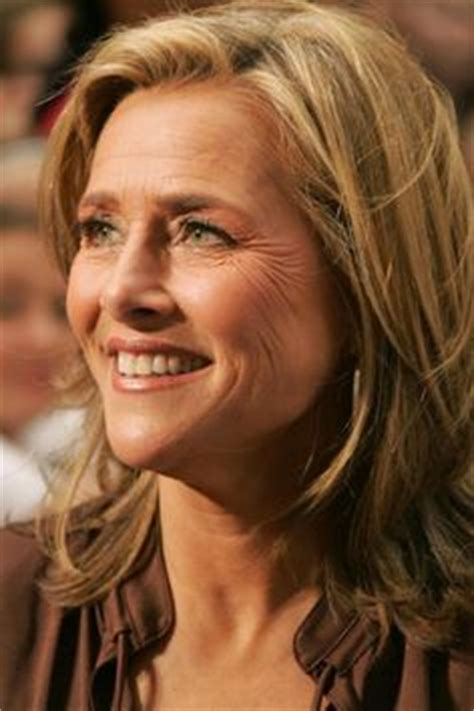 hair color techniques used on merideth vieira s hair newscasters on pinterest newscaster robin roberts and