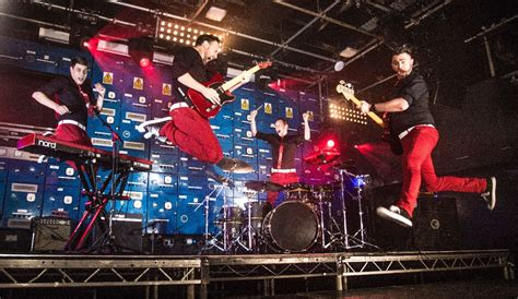 Ban Captain Band Kapten 1 captain rock and pop function band lancashire