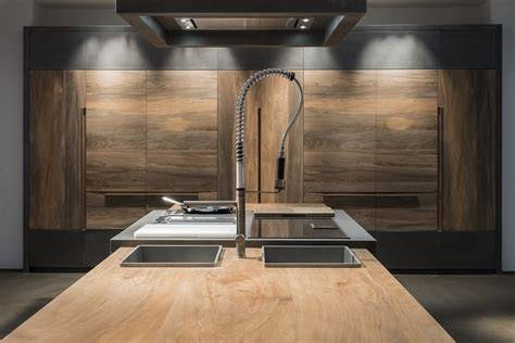 cucine toncelli legno fossile e intarsi la cucina essence di toncelli
