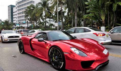 red porsche 918 same porsche 918 spyder spotted in south beach west