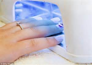 Do Uv Ls Cause Cancer by Could Those Weekly Manicures Be Causing Skin Cancer