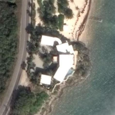 mark cubans house mark cuban s house in east end cayman islands google maps 5 virtual globetrotting