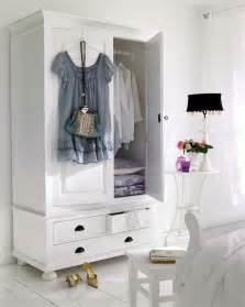 44 smart bedroom storage ideas digsdigs 25 best ideas about book storage on pinterest kid book