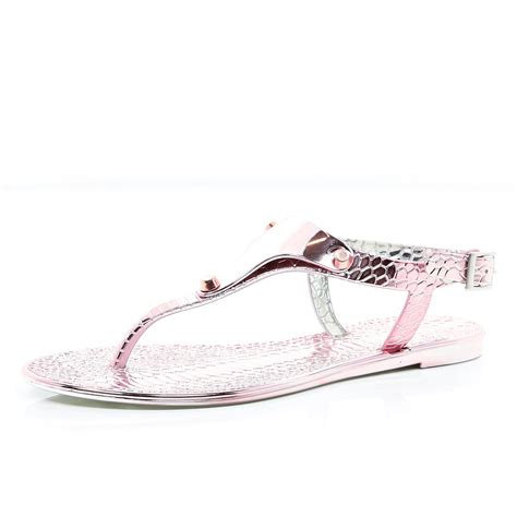 croc jelly sandals river island pink metallic croc jelly sandals in pink lyst