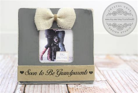 baby gift pregnancy expecting announcement for grandparents