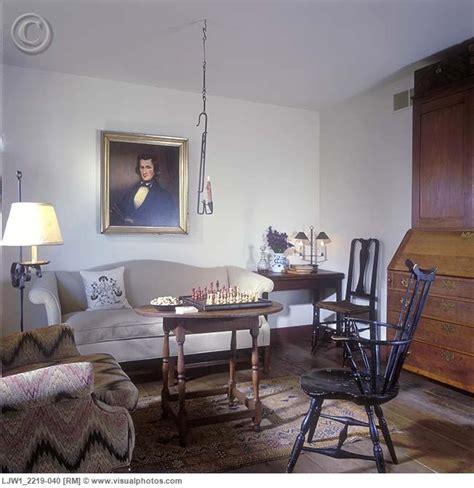 colonial living room furniture pin by lynn etling on colonial living rooms pinterest