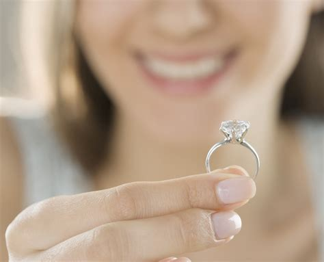 Faboo Engagement Rings by 10 Lost Engagement Rings And The Ways They