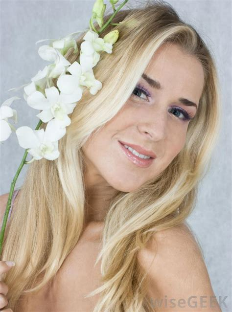 blonde toners how do i choose the best blonde hair toner with pictures