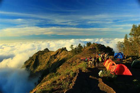 Di Indonesia mount rinjani indonesia tourism