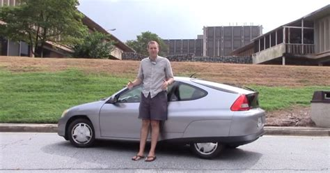 first honda this first gen honda insight does 71 4 mpg autoevolution