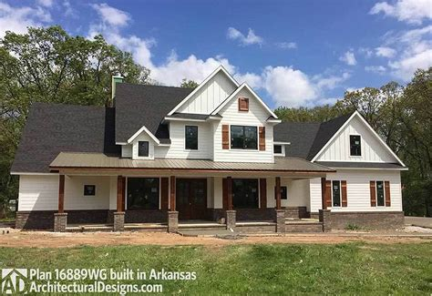 arkansas house plans house plan 16889wg comes to life in arkansas with a side entry garage