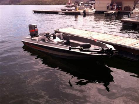 stratos bass boat gas tank 1985 stratos bass boat for sale