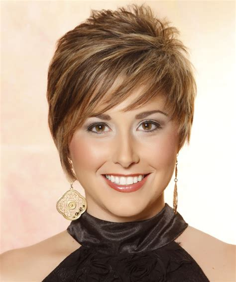 haircuts with shorter hair near face short straight casual hairstyle with side swept bangs