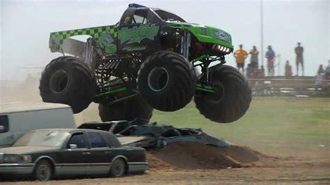 monster truck show austin texas heatwave 2009 monster trucks austin youtube