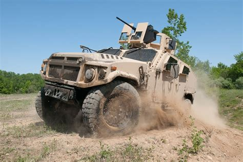 Hummer Husky Army joint light tactical vehicle jltv
