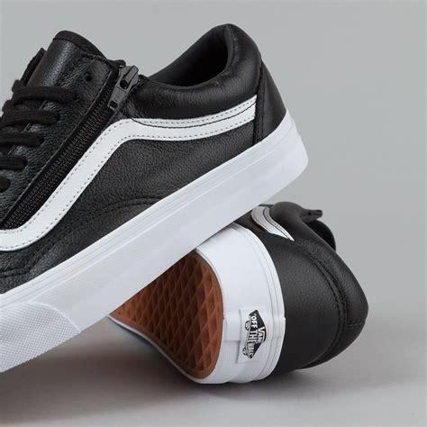 Sepatu Vans Skool Black White Premium Sneakers vans skool zip shoes premium leather black flatspot