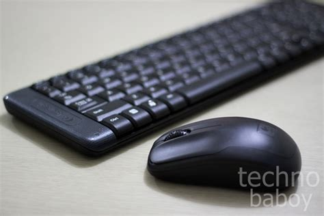 Logitech Keyboard Wireless Mouse Wireless Combo Mk220 review logitech mk220 wireless keyboard and mouse combo