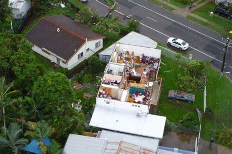 townsville storm rips  roof abc news australian