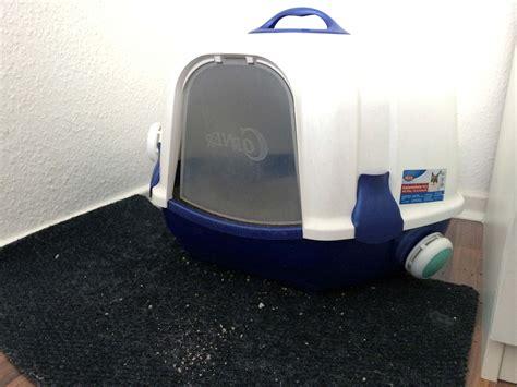 Was Tun Gegen Geruch Im Kühlschrank by Das Katzenklo Stinkt Was Tut Gegen Den Geruch
