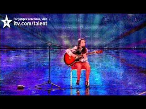 youtube turbanl am got طفله بريطانيه اذهلت الجمهور في britains got talent