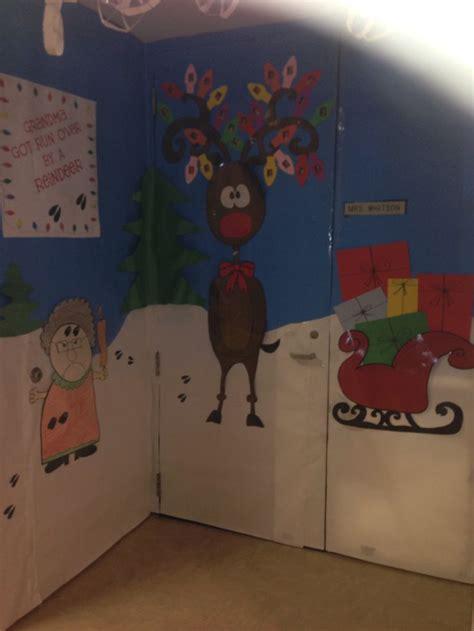 images  xmas door  pinterest reindeer home